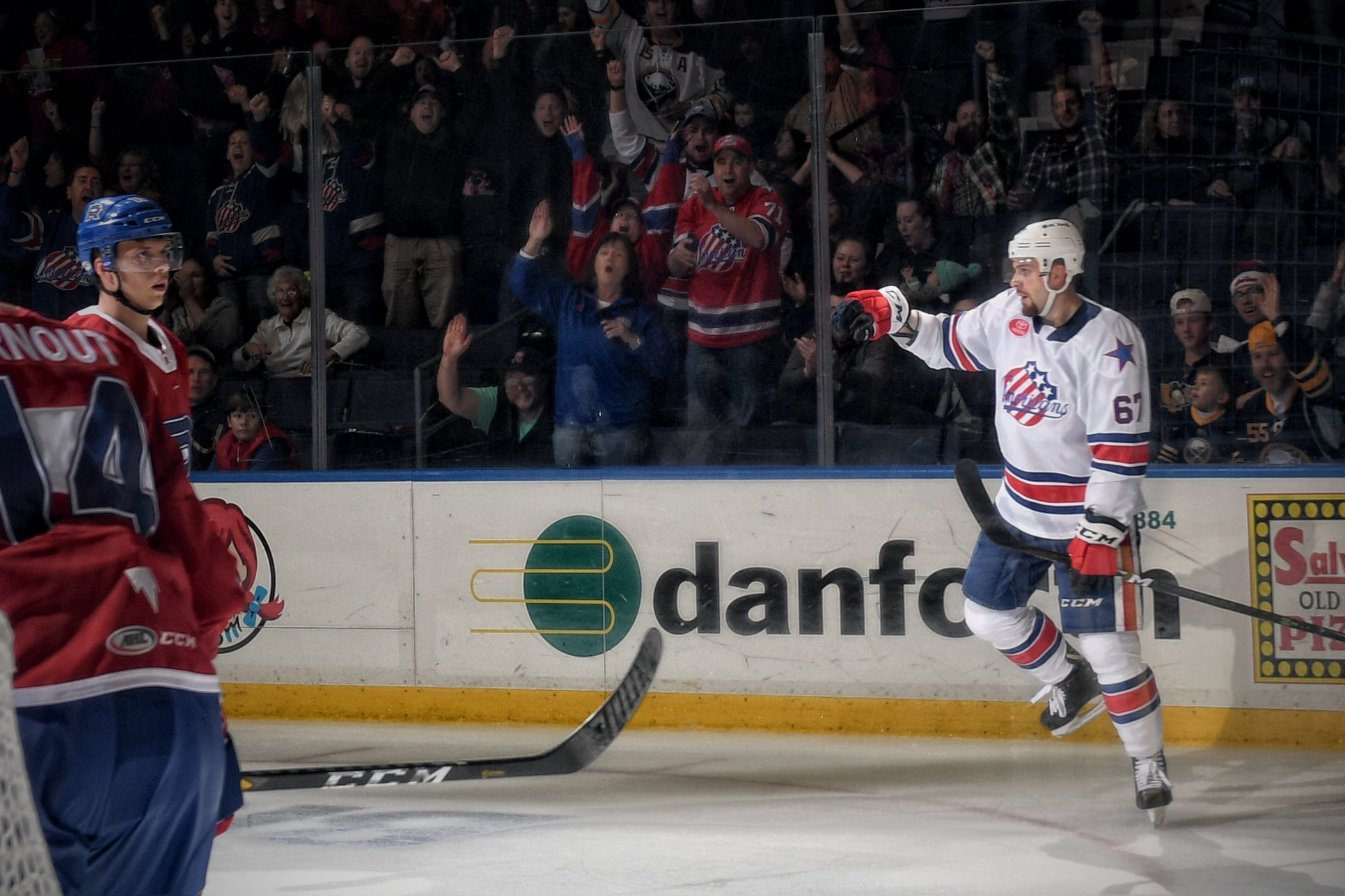 Amerks Win a Shorthanded Game