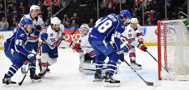 Crunch Clinched the North with a 4-3 Win over the Amerks