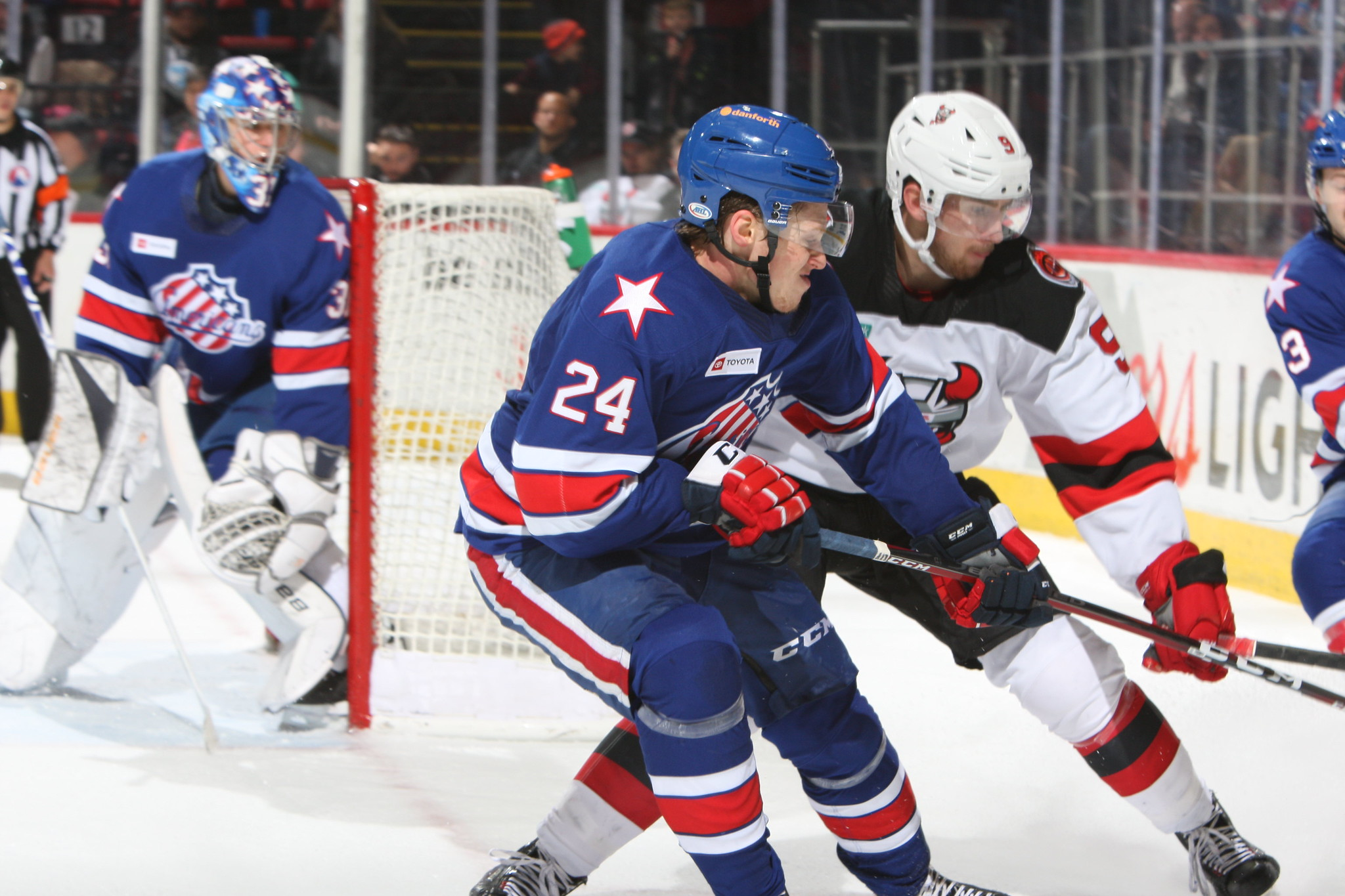 Recap: Amerks Extend Winning Streak to Five with a Close 4-2 Win